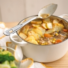 Warming chicken hot pot