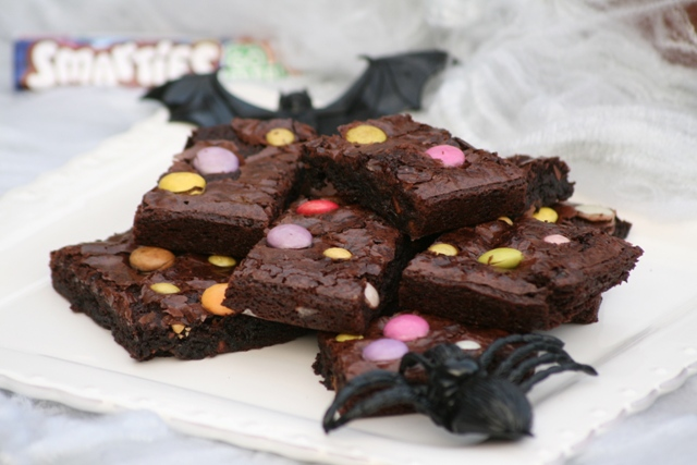 Chocolatey smarties brownies