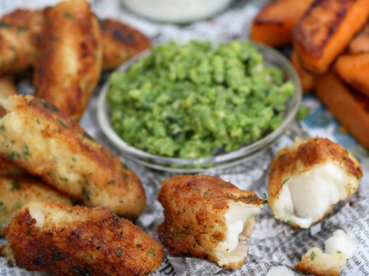 Cod fingers with mushy peas and roasted sweet potatoes