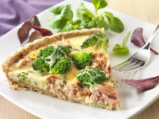 Tuna and broccoli quiche
