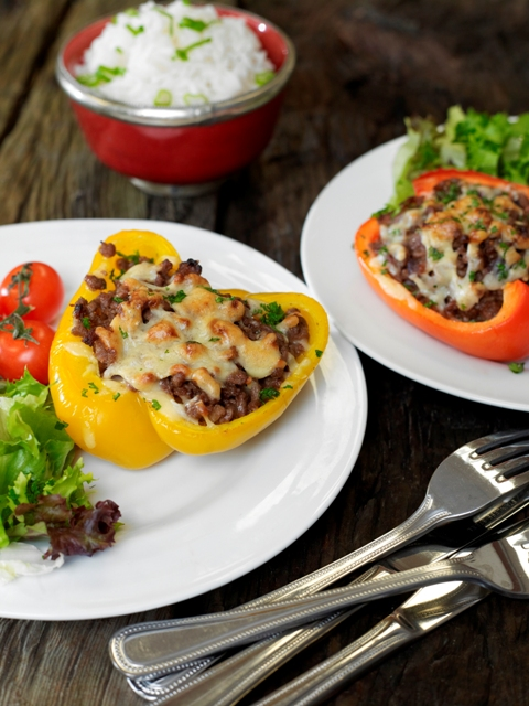 Chili beef stuffed peppers with cheese