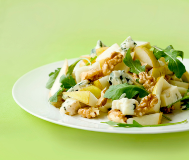 Rocket, pear, walnut and blue cheese salad