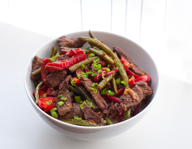 Chilli beef and pepper stir fry