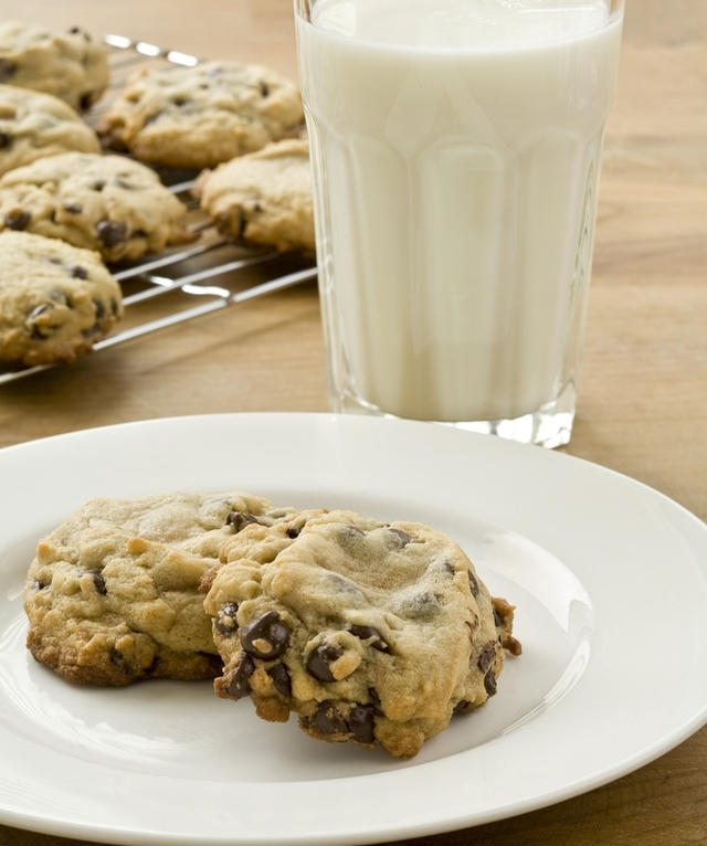Chocolate and apple oat coookies