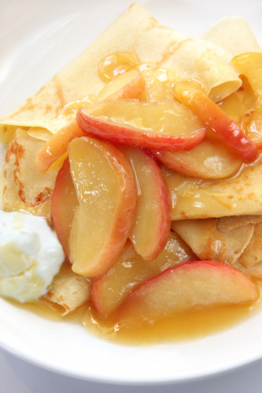 Toffee apple crepes