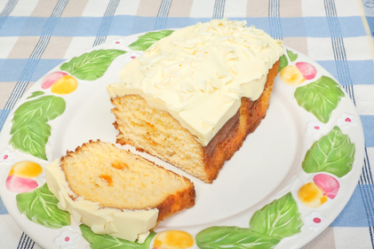 Lemon loaf with white chocolate icing