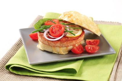 Mild mustard-salmon-burger