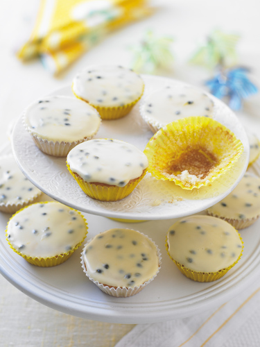 Passion fruit fairy cakes