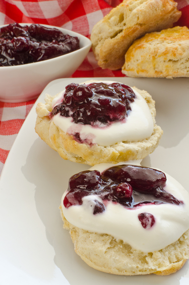 Easy fluffy scones