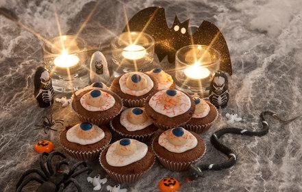 Icky eyeball cupcakes
