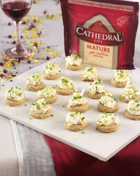 Mini oatcakes with arbroath smokies in Cathedral City mature sauce