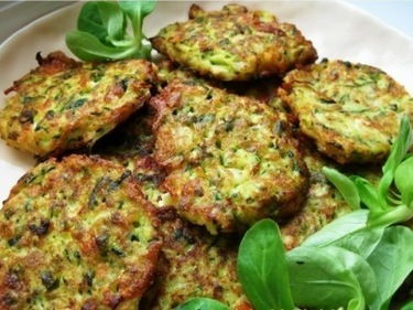 Zucchini (courgette) fritters flavored with feta and dill