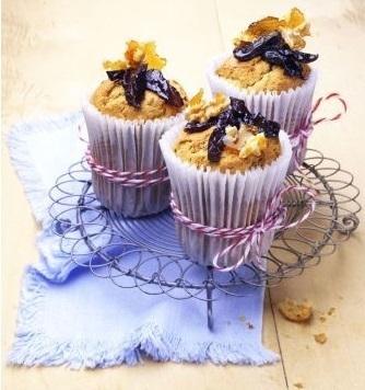 Prune brittle muffins