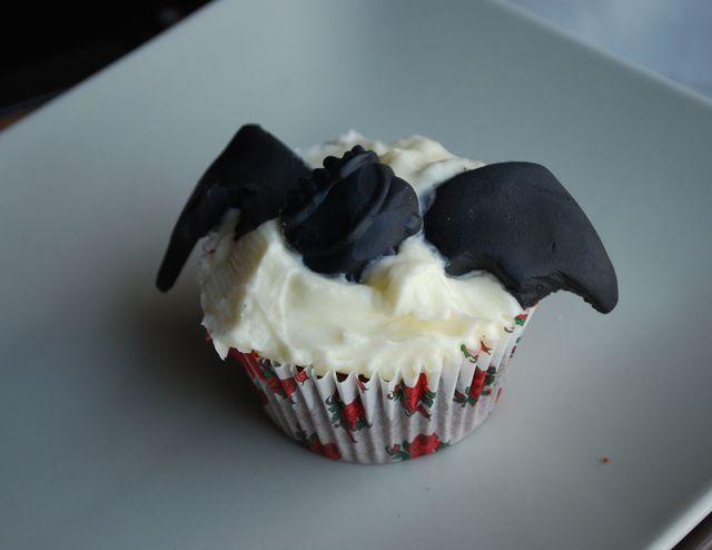 Bat wing cupcakes