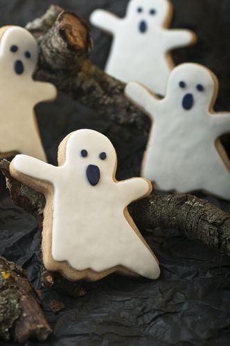 Spooky ghost cookies