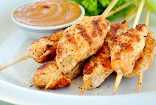 Simple chicken kebabs