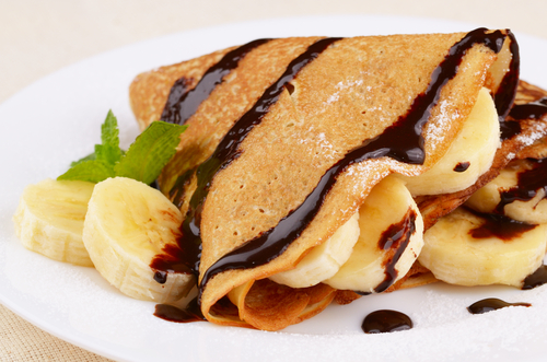 Banana and chocolate crêpe