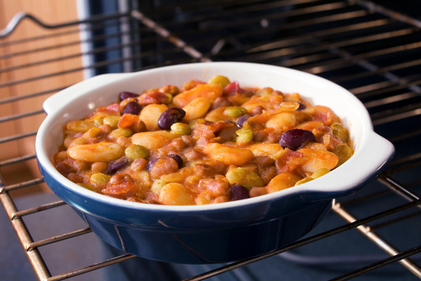 Barbecue bean casserole