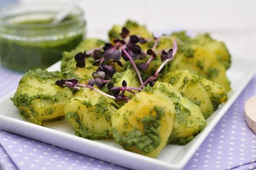 Potatoes with pesto