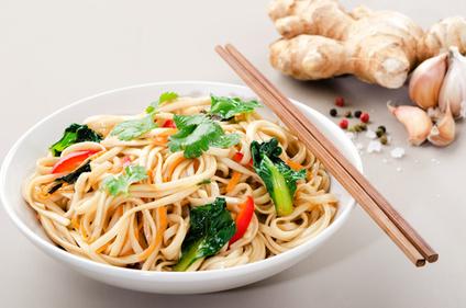 Vegetarian noodle stir-fry
