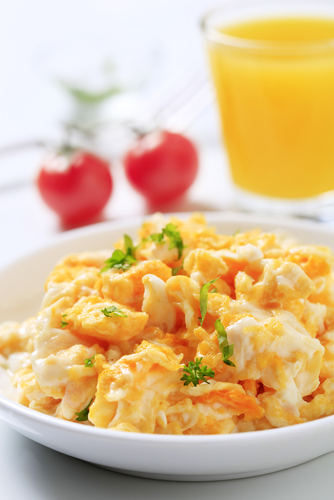 Scrambled eggs with Feta cheese