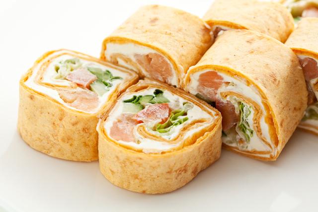 Salmon & cucumber sushi sandwiches
