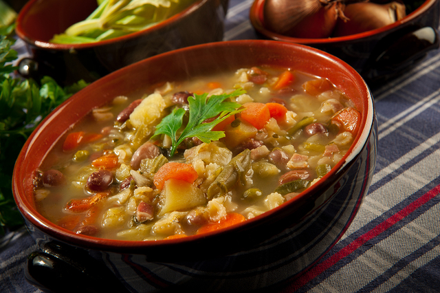 Winter vegetable stew with mixed beans and chickpeas