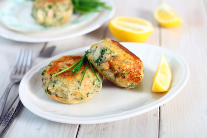 Smoked haddock with spinach, potato cakes