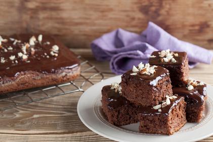 Sticky chocolate cakes