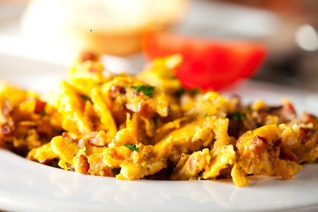 Eggy stir fry with prawns