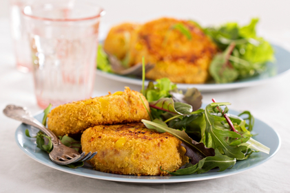 Tuna and sweetcorn cakes