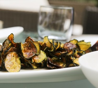 Fried courgettes