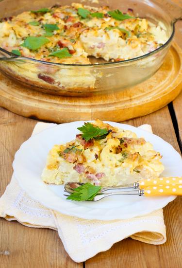 Cauliflower with bacon gratin