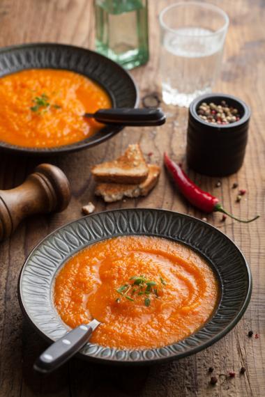 Roast tomato, chilli and orange soup