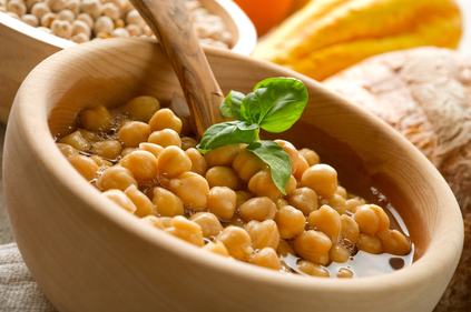 Chickpeas in broth
