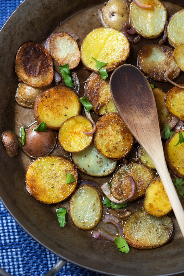 Herb and chilli pan fried potatoes