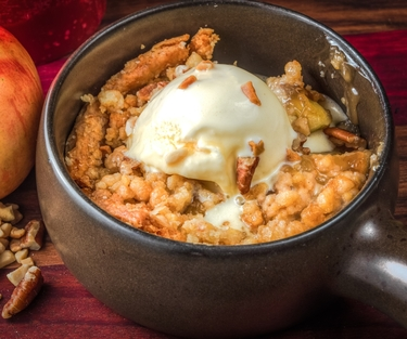 Walnut apple crisp