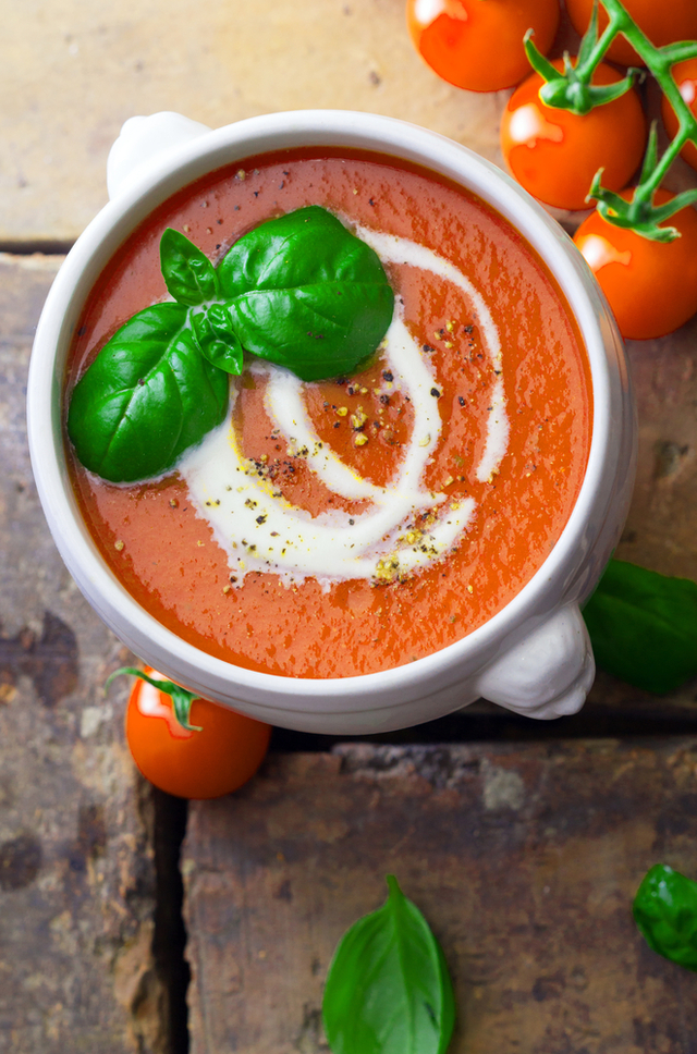 Slow cooker cream of tomato soup