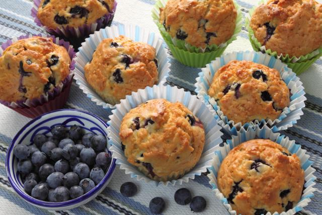 Simple blueberry muffins