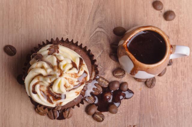 Irish coffee cakes