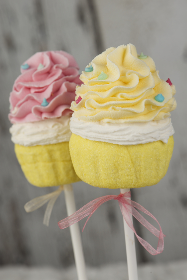 Easter muffin lollies