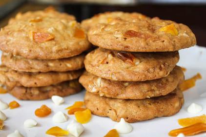 Crunchy mango cookies