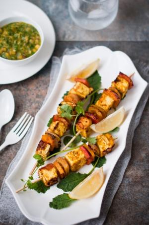 Paneer skewers, tandoori style with fruity salsa