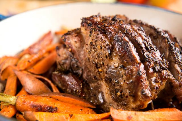 Roast beef with vegetables