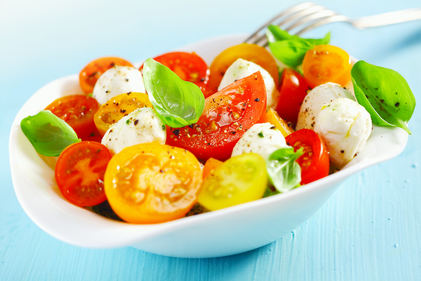 Vibrant tomato salad with herbs and mozzarella