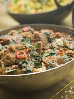 Meat and spinach curry