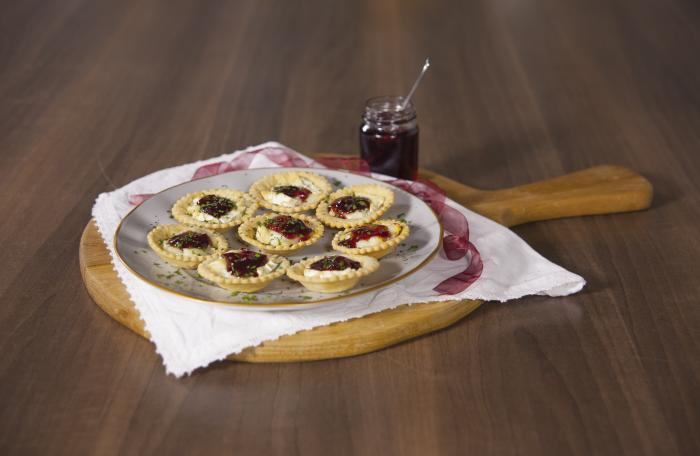Mini Goats Cheese and Cranberry Tartlets