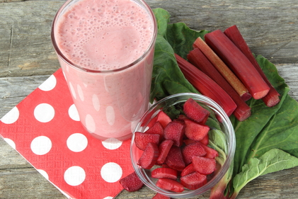 Rhubarb and strawberry smoothie