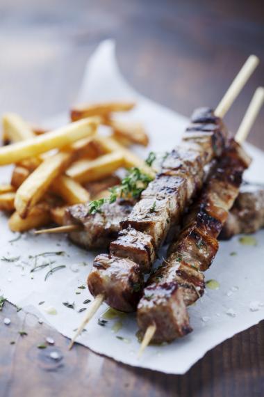 Pork souvlaki with tzatziki
