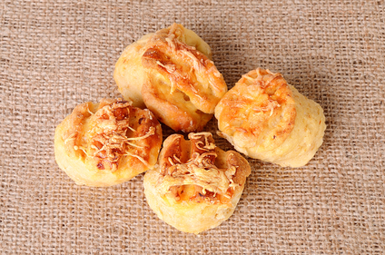 Savoury cheese scones